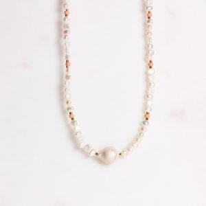 Handgemachte Perlenkette Barockperle